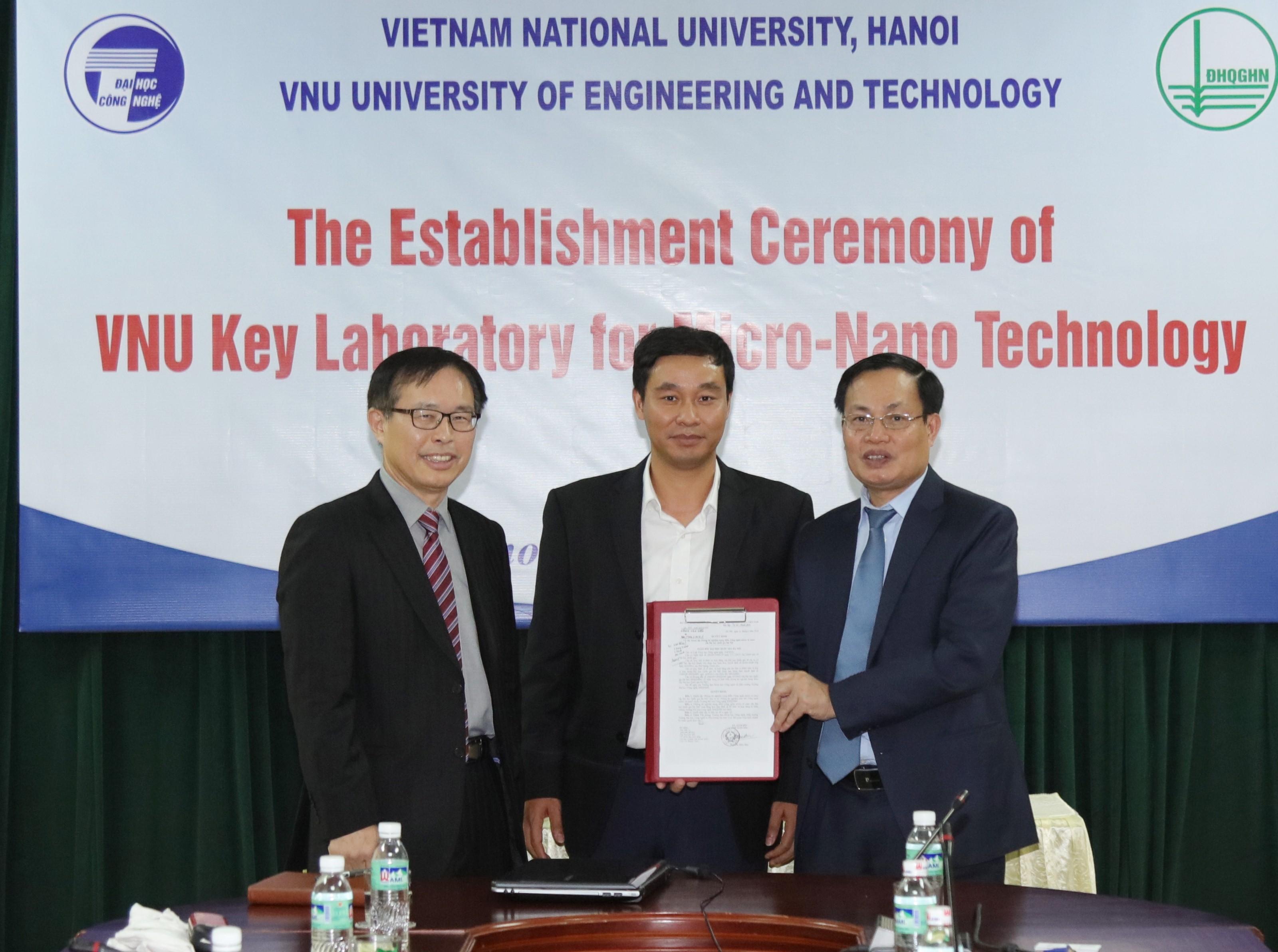 Opening of VNU Key Laboratory for Micro-Nano Technology